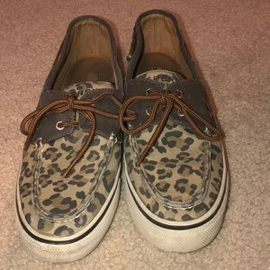 Cheetah print sperry top sliders